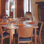 hatszögletű étkezőasztal