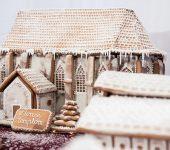 A képen az Avasi templom látható mézeskalácsból készítve.