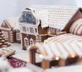 A képen Miskolc nevesebb épületei láthatók mézeskalácsból készítve.